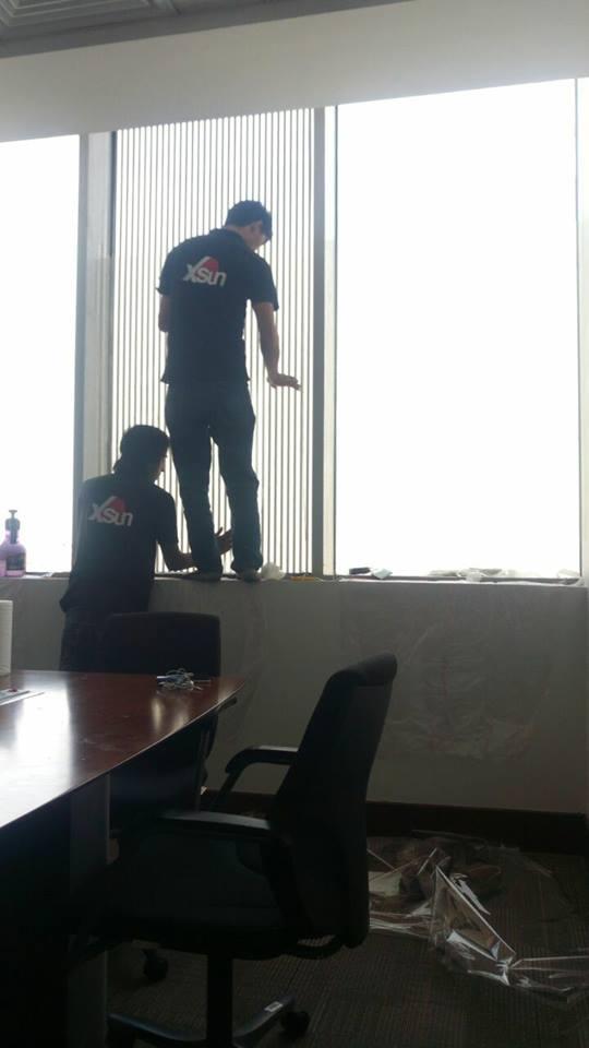 العازل الحراري للنوافذ والزجاج للمباني والمكاتب والمعارض والسيارات